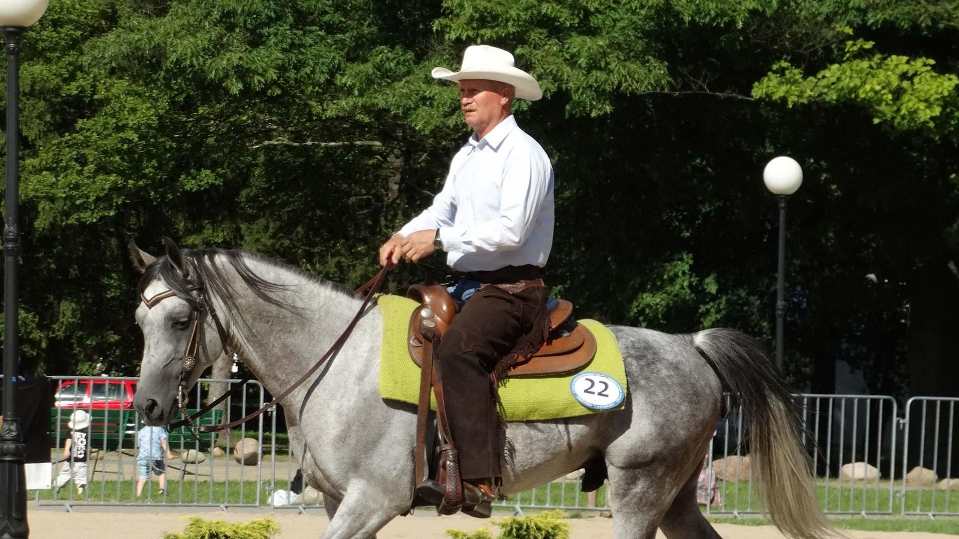 Konie-western-zawody_konne-HARMONY_FARM-Szewce